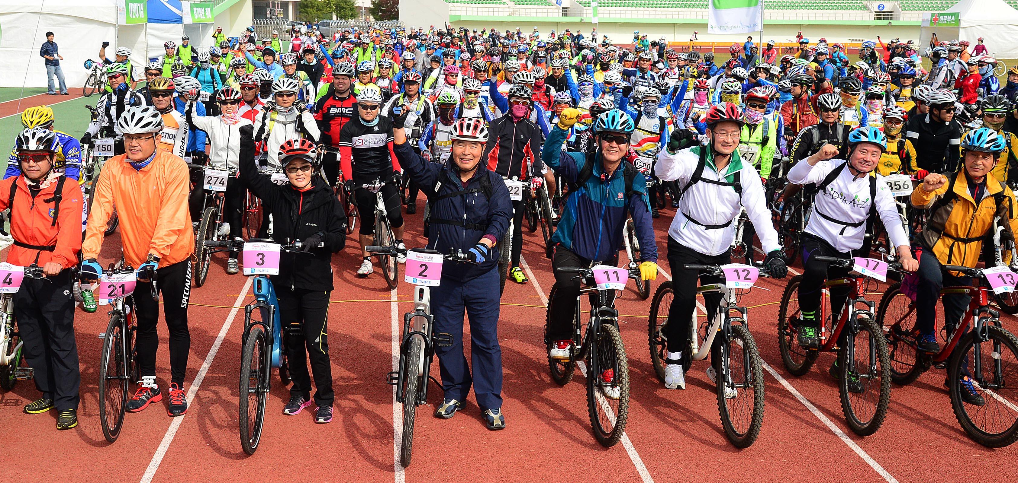 Tour de DMZ 자전거대행진 (2013.10.19) 썸네일 사진